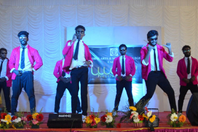Best college dance by BSc Calicut 2017